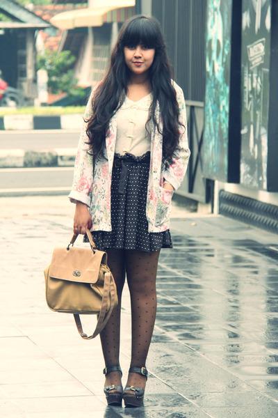 off white vintage blazer - dark brown sheer polkadot sammydress tights