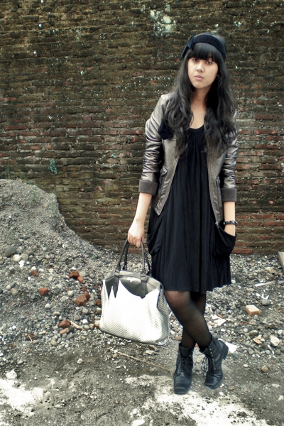 Divided by H&M jacket - Body & Soul dress - sox gallery stockings - gift from Da