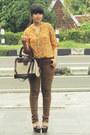 Mustard-noona-blouse-light-brown-biker-skinny-topshop-jeans
