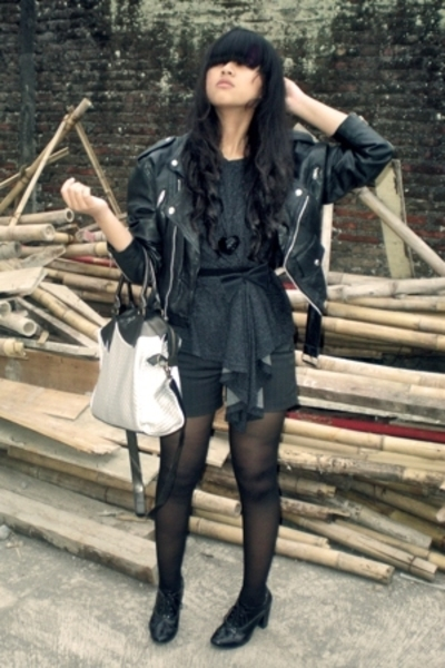 black leather biker Wilsons jacket - black Forever 21 shoes