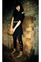 Body & Soul dress - vintage belt - stockings - naturalizer shoes - Dobujack purs