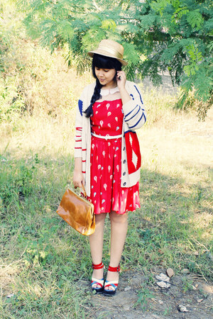 red Maykool dress - beige gold band straw gift hat - tawny milanoo bag