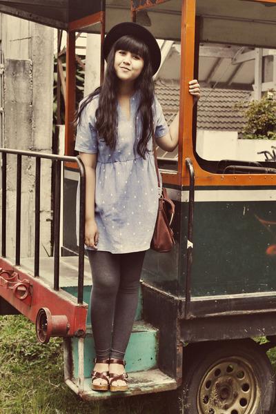 blue chicnova dress - black felt boater asos hat