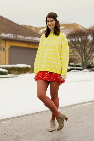 yellow striped Vintage 1970s Gap sweater - modcloth ring