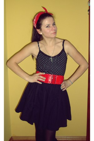 wedges - scarf - belt - hearts earrings - dotted Miss Selfridge top - H&M skirt