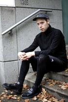American Apparel hat - H&M leggings - vintage shirt - Adidas shorts