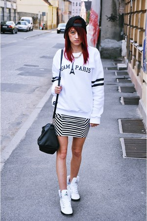 black Mango bag - black pull&bear skirt - black River Island hair accessory