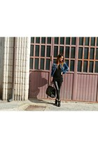 Sorel boots - Oasapcom necklace - Glamour Marmalade accessories