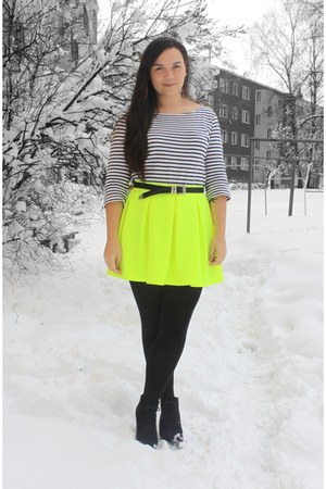 yellow neon Topshop skirt - navy striped H&M t-shirt - silver vintage belt