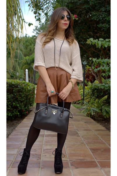 Valentino bag - Agaci boots - Forever 21 sweater - Ray Ban sunglasses