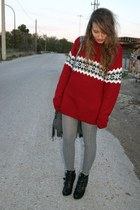 brick red Lefties sweater - heather gray Calcedonia tights - black BLANCO boots