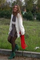 black Loved Wardrobe dress - ivory Tik Tok cardigan - dark green Pilar Burgos bo