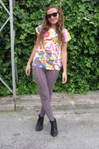 pink BLANCO leggings - white vintage t-shirt - black new look boots