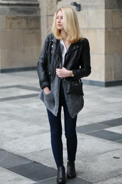 black H&M jacket - gray second hand sweater - black mumu bag