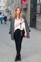 gray second hand coat - white F&F sweater - black Zara bag - navy H&M pants