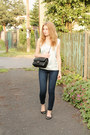 Navy-h-m-jeans-black-chanel-bag-light-blue-second-hand-top
