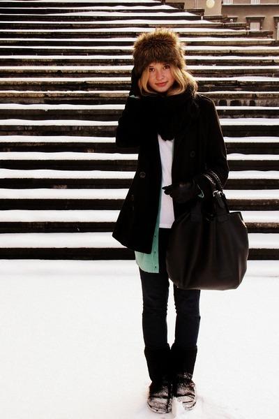 Zara coat - Zara jeans - Glitter hat - Glitter scarf