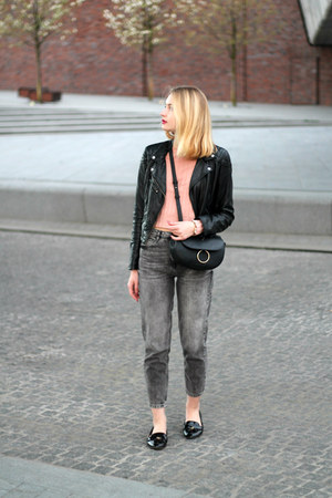 heather gray pull&bear jeans - black H&M jacket - pink Bershka sweater
