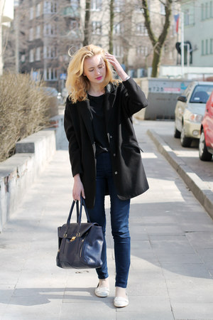 black Tally Weijl coat - white Zara shoes - navy H&M jeans - navy etorebkapl bag