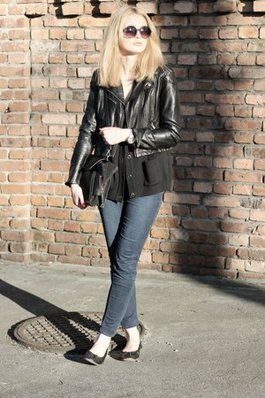 black H&M jacket - navy Zara jeans - black second hand sweater - black Zara bag