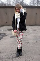 H&M jacket - Mango sweater - H&M scarf - Glitter bag - Stradivarius pants