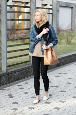 camel Parfois bag - black H&M jeans - navy John Baner jacket - nude Zara sweater