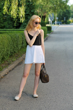 white Zara shoes - white second hand shirt - black second hand top