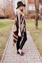Glitter hat - Glitter blazer - Zara pants