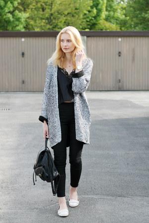 black H&M jeans - black Primark bag - black second hand top - black H&M cardigan