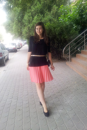 united colors of benetton skirt - hm shoes - Mango top