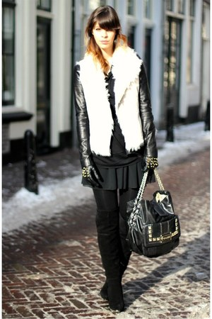 black suede Zara boots - black leather Max Azria jacket