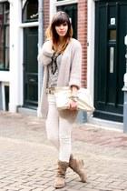 eggshell Forever 21 t-shirt - camel studded Zara boots