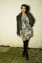 silver H&M dress - gray faux fur coat - black Guess bag - emporio armani heels