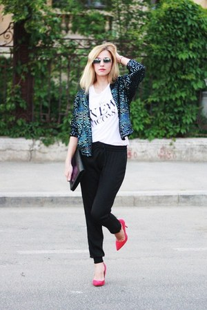 off white H&M t-shirt - black Pnk Casual pants - hot pink Zara heels
