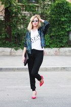 off white H&amp;M t-shirt - black Pnk Casual pants - hot pink Zara heels
