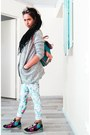 Silver-patterned-vila-jacket-sky-blue-winged-backpack-bag