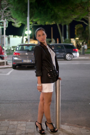 Zara heels - Zara blazer - Mango shorts - FCUK t-shirt
