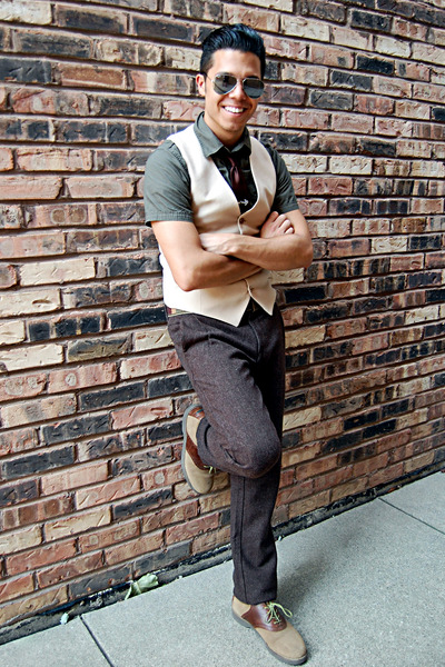 Ray Ban sunglasses - beige Yves Saint Laurent vest - dark brown calvin klein tie