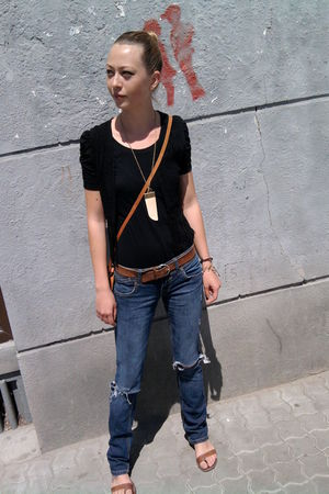 beige phard accessories - blue trn jeans