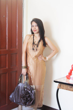 iheartmatildacom dress - Chocolate Clothing bag