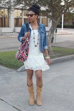 cream lace Rue 21 dress
