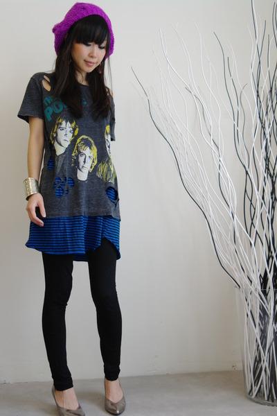 Chaser LA t-shirt - H&M leggings - Forever 21 shoes - LALLURE earrings