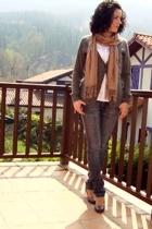 BERSKA jeans - scarf - Klasiks blouse - Klasiks sweater - Fosco shoes