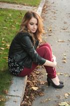 jacket - burgundy jeans jeans - pumps