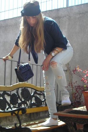 Zara jacket - Zara t-shirt - Zara jeans - H&M shoes