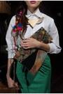 Eggshell-pleated-vintage-shirt-green-as-a-skirt-bershka-shirt