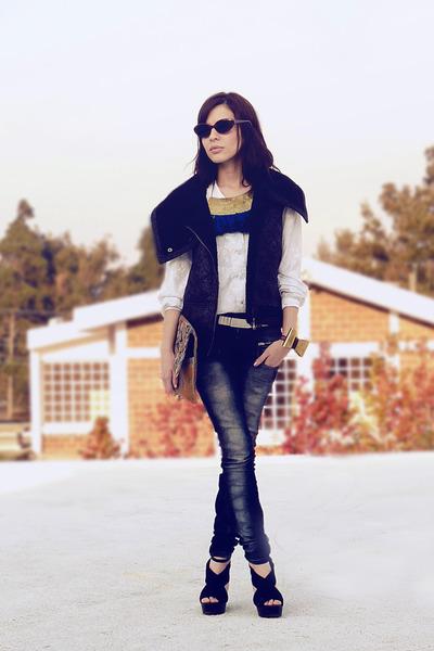 tassel metal medium necklace - Zara jeans - medium bag - vintage sunglasses
