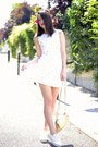 White-flowers-manoush-dress-gold-leather-kate-lee-bag-white-h-m-pumps