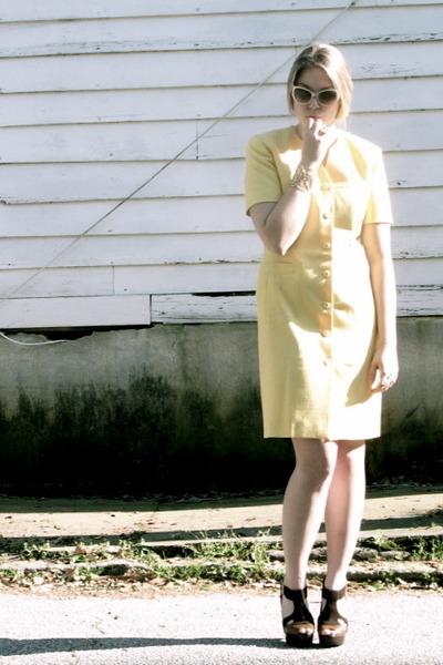 beige Marc Jacobs sunglasses - yellow vintage dress - gold Ann Taylor Loft brace