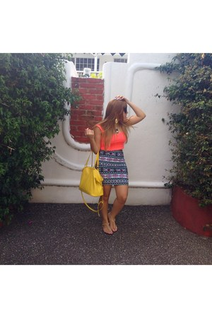hot pink crop top Stradivarius top - yellow Stradivarius bag